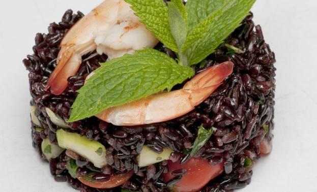salat-iz-dikogo-risa-s-krevetkami-e1459635126715